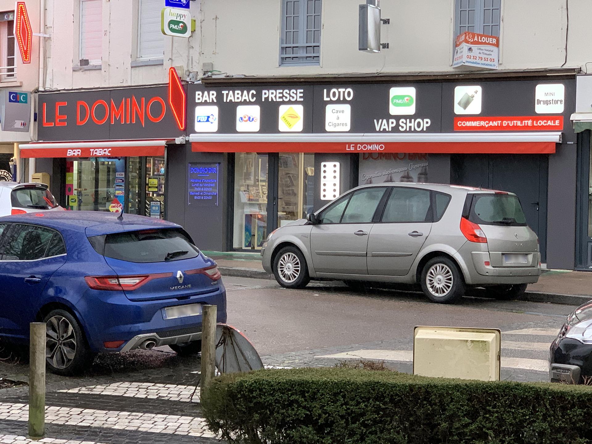 devanture-tabac-presse-domino-bar-goderville / a2m diffusion