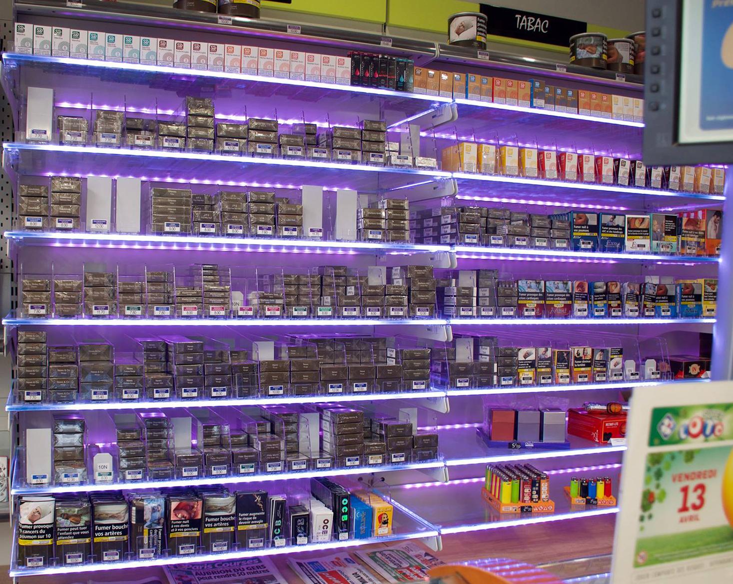 poussoirs-cigarettes-à-plat-violet / a2m diffusion